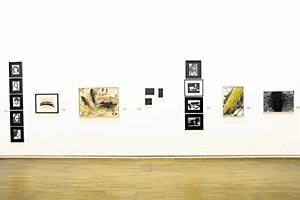 Keine Installation von Arnulf Rainer bei Galerie Ruberl, bloß eine gelungene Hängung aus verschiedenen Schaffensperioden.