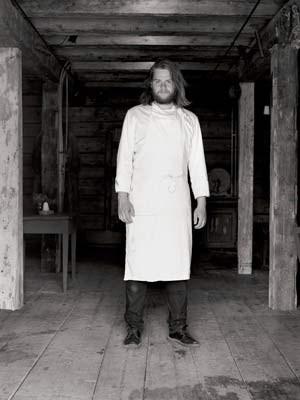 Nilsson behilft sich mit eingelagertem, eingemachtem oder mittels Edelschimmel konserviertem Gemüse.