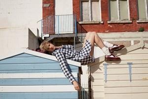 Das britische Model Agyness Deyn ist das aktuelle Gesicht der Werbekampagnen von Dr. Martens. Jetzt darf sie sogar eigene Treter designen.