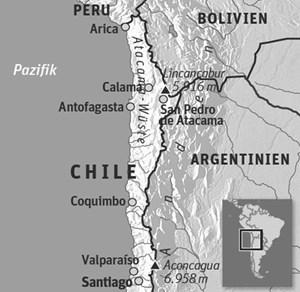 """Anreise & UnterkunftReisezeit: Ganzjährig, praktisch niederschlagsfrei. Besonders angenehm sind die Monate März bis Juni, September bis November.Anreise: Den Inlandsflughafen Calama erreicht man über Santiago de Chile u. a. mit Lan Chile - die chilenische Fluglinie bietet auch einen Air-Pass für weitere Inlandsflüge an.Veranstalter-Tipp: """"Faszination Atacama-Wüste"""" über www.kuoni.at, Tel.: 01/512 94 00.Info: www.chile.tourismus.de; www.chileinfo.de"""