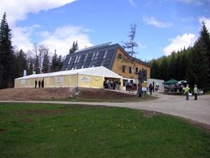 Das Naturfreunde-Haus ist die modernste Berghütte Österreichs. Eröffnungsfeier am 6. Mai.