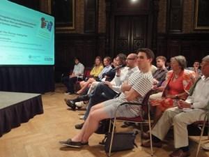 """Rund 80 Personen nahmen an dem Abend der Veranstaltungsreihe """"Wissenschaft und Praxis"""" der Universität Wien teil."""