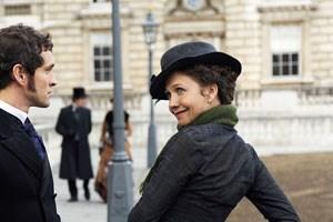 Lebhaftes Zentrum: Maggie Gyllenhaal.
