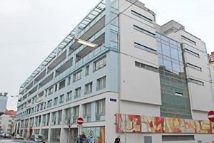Das Generationenwohnhaus in der Baumgasse in Wien-Landstraße wurde 2009 vom Verein Kuratorium Fortuna zur Errichtung von Senioren-Wohnanlagen und der Genossenschaft Wien Süd eröffnet.