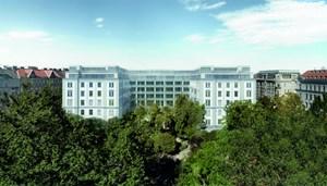 """""""Individuelle Betreuung rund um die Uhr, geräumige Zwei- bis Drei-Zimmer-Apartments und zahlreiche Serviceleistungen, inklusive Concierge"""", sollen den späteren Bewohnern des """"Hamerling"""" den Alltag erleichtern, so die Vorstellungen der Projektbetreiber."""