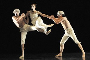 """Der Innsbrucker Tanzsommer zeigt """"Lucky Seven"""" der Eric Gauthier Dance Company."""