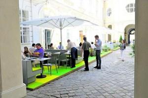 """Ein barocker Innenhof in bester Lage, der endlich gastronomisch abheben soll: das neue """"Freyung 4"""" im Palais Kinsky."""