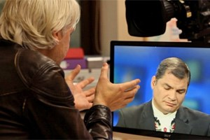 Julian Assange und Rafael Correa auf Russia Today.