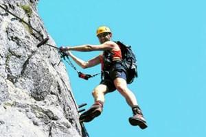 Hoher Funfaktor bei größtmöglicher Risikominimierung, Klettersteige sind Ausdruck des alpinistischen Zeitgeists.