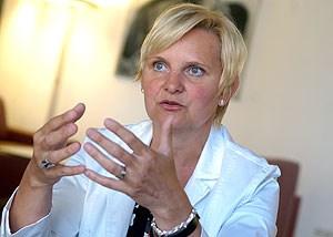 """""""In der Auseinandersetzung mit den Frauen und den NGOs bekomme ich halt schon auch mit, dass wir das Thema ideologisch nicht lösen werden, und deshalb lautet die Frage für mich: Wie können wir die Prostituierten bestmöglich absichern"""", so Sandra Frauenberger, Frauenstadträtin in Wien."""