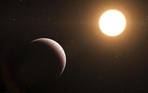 Tau Bootis b umkreist seinen Mutterstern in nur 0,046 Astronomischen Einheiten, ein Jahr dauert auf dem Exoplaneten nur 3,31 Tage.