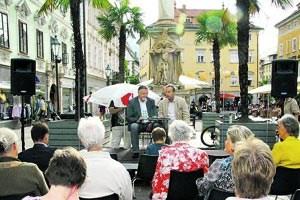 Literatur für alle: Prominente lesen ihre Lieblingsschriftsteller, Autoren und ihre Leser begegnen einander auf öffentlichen Plätzen der Stadt Klagenfurt.