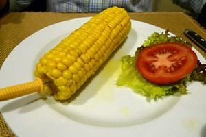 Bruckenberger? Muss ich mich sorgen? Nur Mais zur Vorspeis?