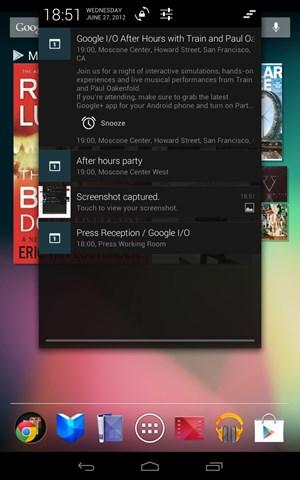 """Das Benachrichtigungssystem von Android wurde für """"Jelly Bean"""" umgearbeitet, beim Nexus 7 fällt auf, dass das Drop-down nicht die gesamte Bildschirmbreite ausfüllt."""