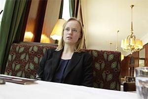 """""""In Österreich gibt es praktisch nur mehr für Professoren permanente Stellen"""": Iva Brezinová."""