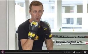 Mario-Max Schaumburg-Lippe beim Boxtraining - das gesamte Video über die Vorbereitungen ist hier zu sehen.