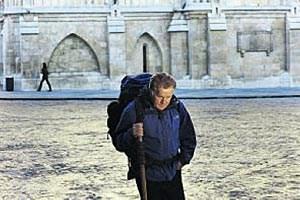 "Martin Sheen beschritt den Jakobsweg - Regie führte in ""Dein Weg"" sein Sohn Emilio Estevez."