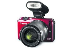 Dem Branchentrend folgend steigt nun auch Canon mit der EOS M in den Markt für spiegellose Systemkameras ein.