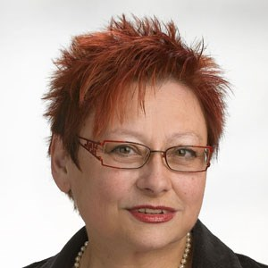Elisabeth Jäger hat 2002 die Adipositas Selbsthilfegruppe Österreich gegründet und setzt sich seither für die Rechte von schwerst Übergewichtigen ein.