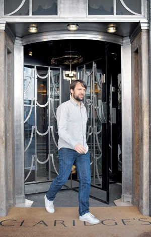 René Redzepi vor dem Claridge's in London, wo er während der Spiele ein Pop-up-Restaurant bekochen wird.