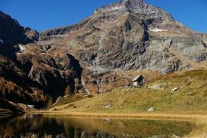 Gesamtgehzeit 4½ Stunden,  Höhendifferenz 600 m. Kein Stützpunkt auf der Strecke, die Laßhoferalm wird von Juni  bis September bewirtschaftet. ÖK25V Blatt 3224-West,  Maßstab 1:25.000.