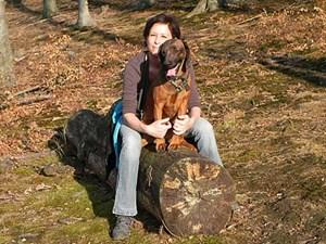 Tierärztin Katja Graf rückt seit 1996 bei Film, Fernsehen und am Theater Tiere in das rechte Licht und sorgt für ihr Wohlergehen.