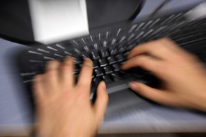 Hacker haben Daten von Millionen Mobilfunkkunden der südkoreanischen KT gestohlen.