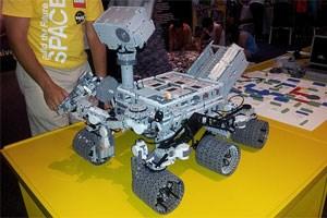 Die Mars-Sonde Curiosity aus Lego nachgebaut.