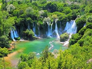 Die Kravica-Wasserfälle in Bosnien (siehe Karte): Wird die Wasserkraft weiter ausgebaut, sind solche Naturparadiese in Gefahr, warnen Umweltschützer.