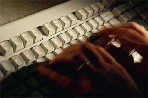 Ein wenig Recherche und ein paar Anrufe genügten, um Honans digitales Leben ins Chaos zu stürzen.