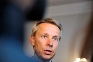 Die Malversationen des Koalitionspartners habe man vor lauter Arbeit gar nicht mitbekommen, sagt Reinhold Lopatka heute. Damals war er ÖVP-Generalsekretär und für die Finanzen zuständig.