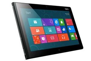 Das ThinkPad Tablet 2 hat einen USB-Port und einen Stylus. Ein Keyboard kann ebenfalls angedockt werden.