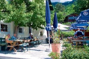Im Garten von Schloss Kammer im salzburgischen Maishofen...