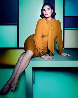Wenn Plus Size beworben wird, machen dies oft Models mit Größe 38. In der aktuellen Kampagne von Marina Rinaldi ist das nicht so.Zum Artikel >>> Die Kurve kriegen