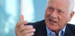 Vor allem erklärte Anhänger der FPÖ sowie jeder zweite Befragte aus bildungsfernen Schichten sähen Frank Stronach gern im Parlament, was nicht heißt, dass die Befragten auch so wählen.