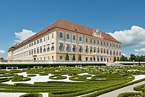 Von Prinz Eugen in den 1720er-Jahren als Jagdsitz im Marchfeld errichtet, danach in Besitz von Kaiserin Maria Theresia: das revitalisierte Schloss Hof.