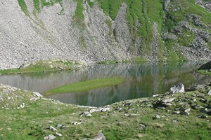 Gesamtgehzeit 5 ½ Stunden,  Höhen differenz knapp 900 m. Lanisch-Ochsenhütte während  der Almsaison bewirtschaftet.