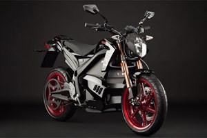 Elektromotorräder gibt es schon einige, auch wenn sie auf der Straße noch rar sind, wie die DS von Zero, ...