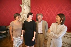 Gerlinde Hinterleitner, Anita Zielina, Oscar Bronner, Alexandra Föderl-Schmid (v. li.).