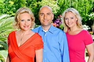 """Das """"Jahreszeit""""-Trio wird aufgelöst: Elisabeth Engstler, Reinhard Jesionek und Verena Scheitz (v. li.)."""