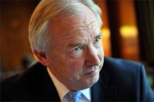 Neue Details zu angeblichen Sponsering-Forderungen von Gerhard Dörfler wurden bekannt. Der Landeshauptmann weist die Vorwürfe zurück.