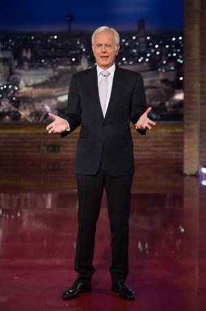"""""""Die ganze Energiewende ist ein wahnsinnig komisches Thema"""": Harald Schmidt ist vor dem Neustart am 4. September auf Sky Atlantic HD voller Tatendrang."""