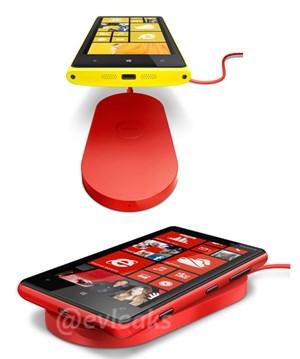 """Das """"Charging Pad"""" soll Nokias Lumia 920 kabellos aufladen können"""