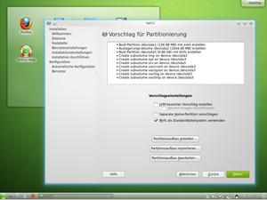 Wer sich den Download der gesamten DVD ersparen will, darf sich auch zwischen schlanken Live-CDs für KDE und GNOME entscheiden.