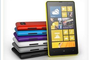 Der kleine Bruder: Das Lumia 820.