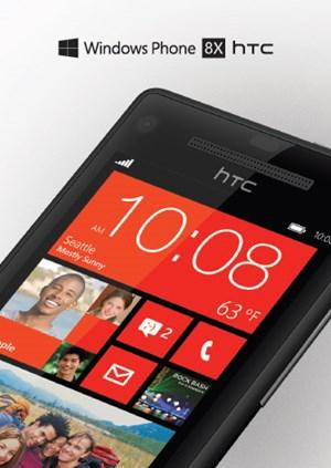 Ein auf Twitter gepostetes Foto zeigt das HTC 8X mit Windows Phone 8