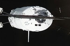 """Das Archivfoto zeigt das ESA-Frachtschiff """"Johannes Kepler"""" (ATV-2) kurz vor dem Andocken an die ISS - DLR-Chef Wörner setzt sich dafür ein, den europäischen Weltraumfrachter ATV als Servicemodul in das neue US-Raumschiff Orion zu integrieren."""