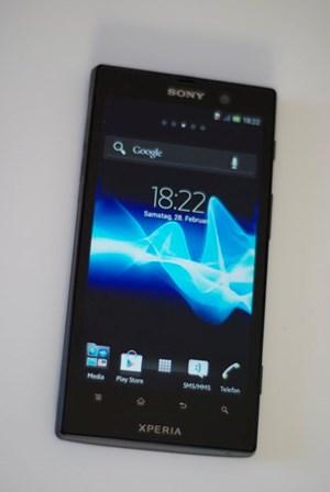 Das Xperia ion ist ein Handy für Musikliebhaber