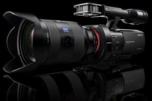 NEX-VG900E: Handycam für semi-professionelle Filmemacher.