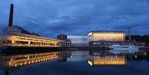 Die Sibelius Hall in Lahti von außen.